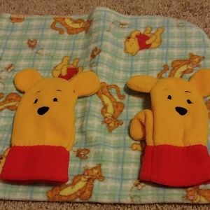 Pooh blanket & pooh mittens Mickey rattle
